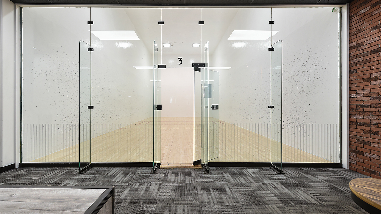 racquetball court in a fitness club in blawnox